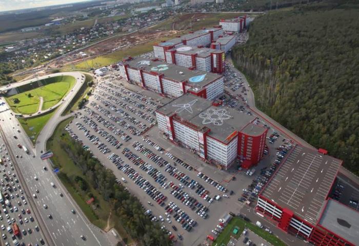 г.Москва, Киевское шоссе, бизнес-парк Румянцево